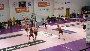 Volley – Un gran Soverato cede al tie break alla capolista Perugia