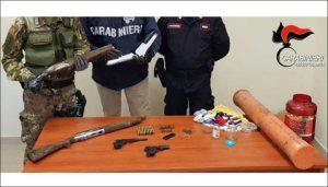 Nascondeva armi e cartucce in una lavatrice, 61enne arrestato