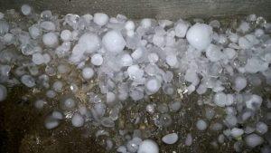 Pesante allerta meteo per la Calabria. In arrivo piogge, temporali e locali grandinate