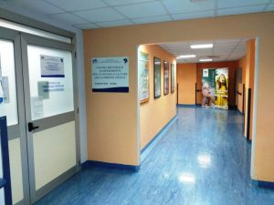 """Paziente affetta da fibrosi cistica partorisce nell'ospedale """"San Giovanni Paolo II"""" di Lamezia Terme"""