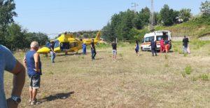 Cade dalla moto mentre si reca al matrimonio della cugina, 39enne ferito trasportato all'ospedale di Catanzaro