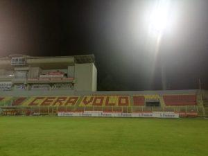 """Catanzaro – Stadio """"Ceravolo"""", montate nuove luci all'impianto di illuminazione"""