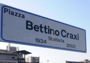Polemica in Calabria sull'intitolazione di una piazza con il nome di Craxi