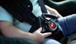 Oggi scatta l'obbligo dei dispositivi antiabbandono per chiunque trasporti minori di 4 anni