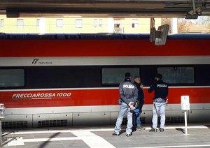 Vede l'ex fidanzata sul treno con un altro e l'accoltella, fermato a Bologna 47enne calabrese