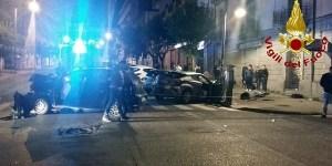 Incidente nella notte nel centro di Cosenza, automobilisti feriti