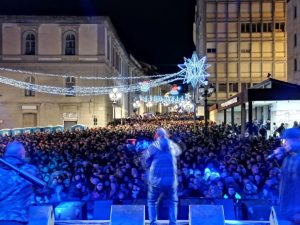 In trentamila al concertone di Capodanno di Catanzaro