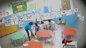 Due maestre d'asilo condannate per abuso di mezzi di correzione