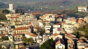 Multa di 400 euro per i sindaci che hanno organizzato un sit-in alla casa di cura di Chiaravalle