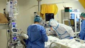 Coronavirus – Anziano muore in ospedale, salgono a 102 i decessi in Calabria