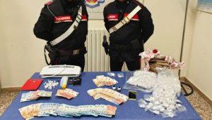 Cocaina dalla Calabria alle Marche su bus di linea, cinque arresti