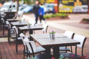 Catanzaro – La giunta ha approvato le procedure per l'ampliamento temporaneo delle occupazioni di suolo pubblico per bar e ristoranti