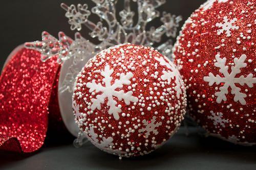 Christmas Decorating with Decor Mesh