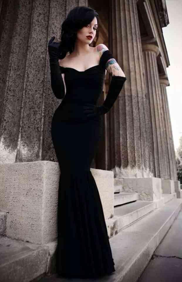 صور أجدد تصميمات لفساتين قطيفة للسهرة رائعة