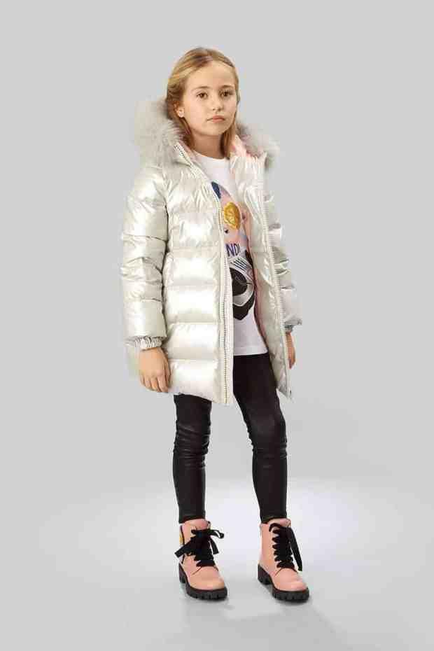 صور أحذية أطفال على الموضة لفصل الشتاء منوعة