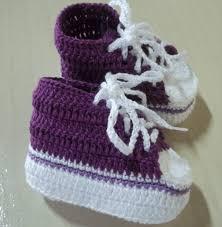صور تصميمات أحذية كروشية للأطفال الصغار جديدة