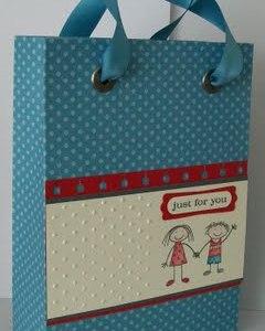Monday Mini Project: DIY Gift Bag Tutorial