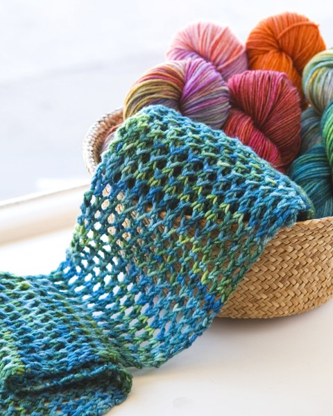 Easy Knit Trellis Lace Scarf