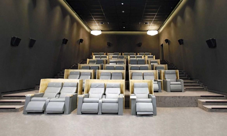 europacorp cinema aeroville