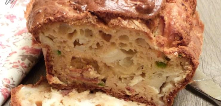 Cake gourmand au chorizo, chèvre et poivrons