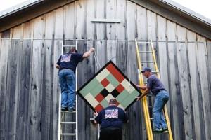 barn quilt ladder