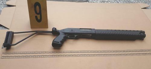 Esta es el arma que le decomisaron a la mujer. (Foto: PNC)