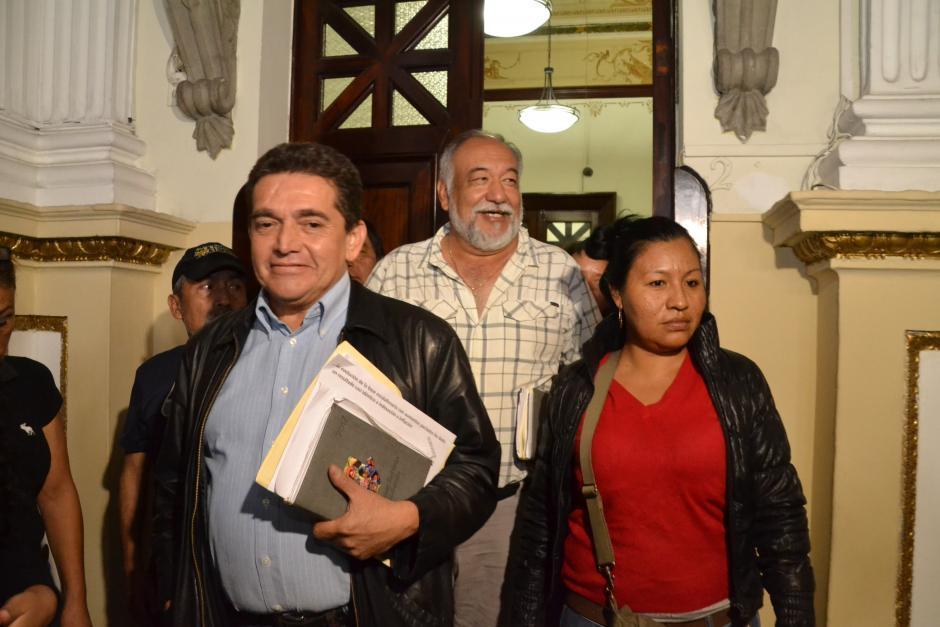 El dirigente sindical Joviel Acevedo fue víctima de un supuesto atentado el fin de semana, cuando se transportaba en un vehículo del Mineduc. (Foto: archivo/Soy502)