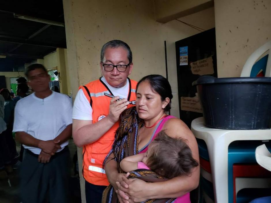 El Hospital General San Juan de Dios logró unir a una familia afectada por la erupción del volcán de Fuego. (Foto: Facebook/Hospital General San Juan de Dios)
