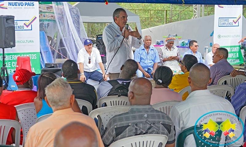 Ministro de Agricultura verificó el avance de los compromisos con pescadores de Buenaventura