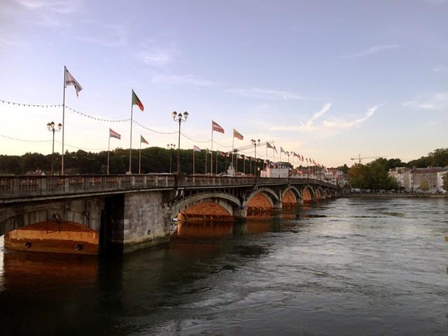 바욘, 니브강