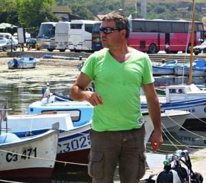 Световният шампион по дълбочинно спускане се гмурка в Созопол 3