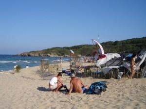 Първите туристи са вече в Созопол 4
