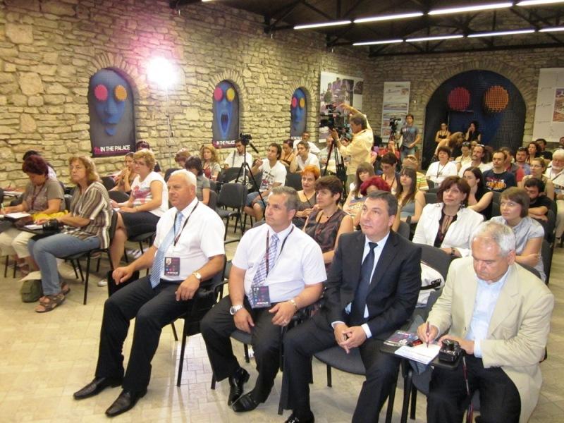 """""""В Двореца"""" бяха представени Античните градове на Южното Черноморие 7"""