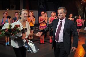 Созопол откри сезона със спектакъл на Нешка Робева [видео] 1