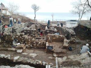 Вече две години туристи в Созопол има не само през лятото 4