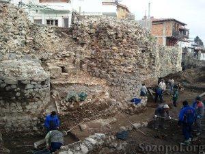 Красив рицарски кинжал откриха археолозите край Созопол 5
