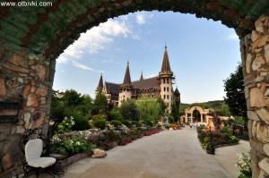 Замъкът в Равадиново 1