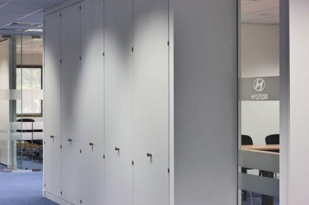 Image of Hyundai Training Centre corridor areas using storage wall dividers