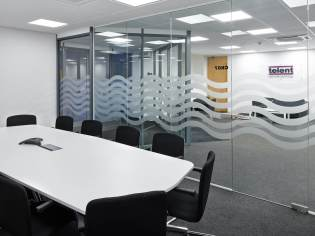telent_head_office_refurbishment_conference_call_desk