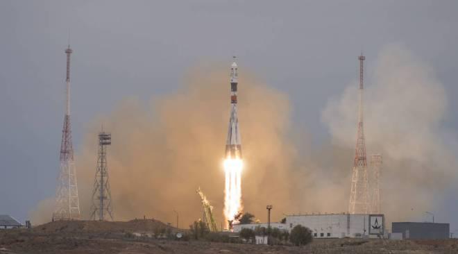 ソユーズ宇宙船周回軌道に。ISSドッキングは10月21日。