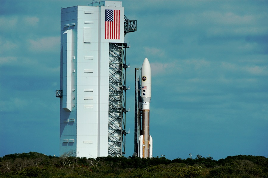 cape canaveral air force station space launch complex 41 vertical integration facility atlas v rocket muos 2 photo credit jason rhian spaceflight insider