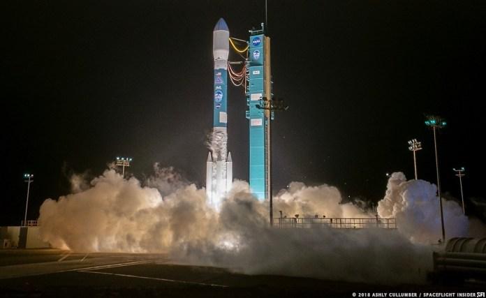 नासा के ICESat-2 को कैलिफोर्निया में वैंडेनबर्ग एयर फोर्स बेस से एक संयुक्त लॉन्च अलायंस डेल्टा II रॉकेट के साथ लॉन्च किया गया है।  यह 30-वर्षीय डेल्टा II कार्यक्रम की अंतिम उड़ान थी।  फोटो साभार: Ashly Cullumber / SpaceFlight Insider