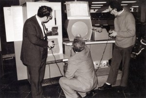 Spacewar! being played on an original PDP-1 computer.