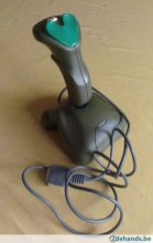 197962402-suncom-technologies-fx2000-joystick-gameport-aansluiting