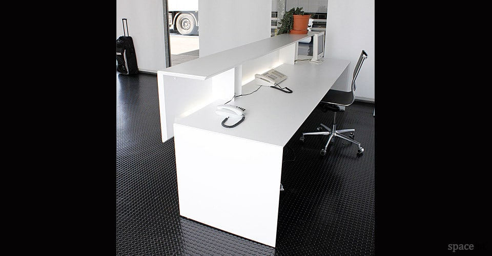 Forty5 Corner Reception Desk Spaceist
