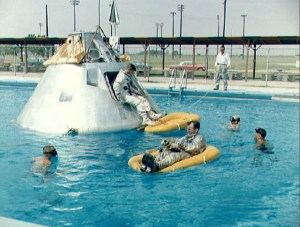 Having fun in the pool, or water landing training (Credits: NASA).