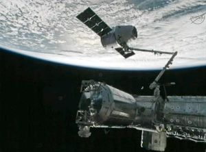 Dragon cargo capsule during the resupply mission last October (Credits: NASA).