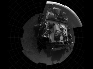 Curiosity's self-portrait from one the rover's engineering camera, the Navigation camera (Credits: NASA/JPL-Caltech).