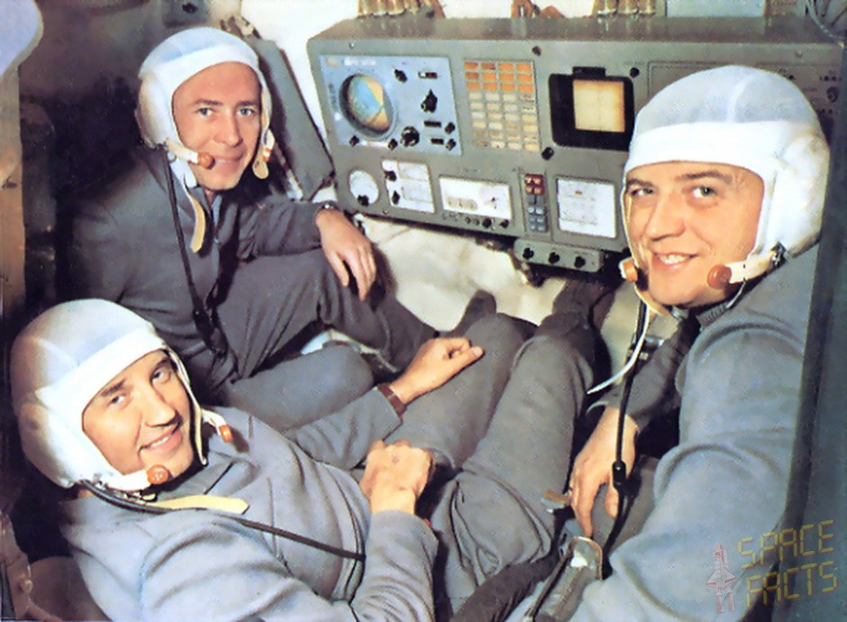 Soyuz 11 crew – Georgi Dobrovolski (left), Vladislav Volkov (right) and Viktor Patsayev (background)