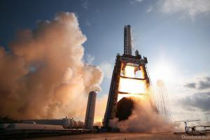 Test firing of Falcon 9-R  (Credits: SpaceX)